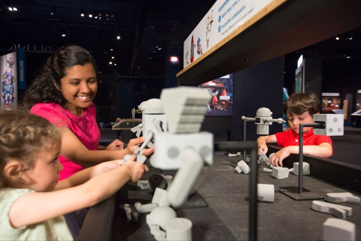 Pixar_Robots_Modeling_Interactive_2___c__Michael_Malyszko