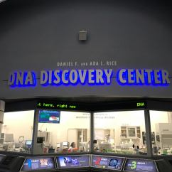 "The Field Museum of Natural History isn't ""just"" a museum. Visitors can watch scientists at work through windows at the Daniel F. and Ada L. Rice DNA Discovery Center's Pritzker Laboratory."