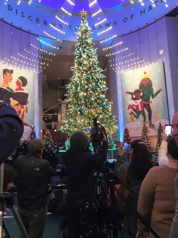 Museum Of Science And Industry Christmas Around The World 2019 2018 Christmas Around the World Opening Ceremony at the Museum of