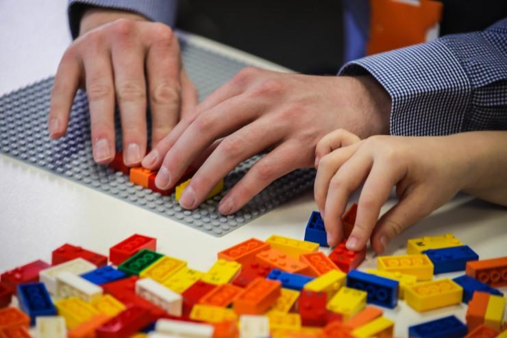 HighRes_Braille-Bricks-close-up_1