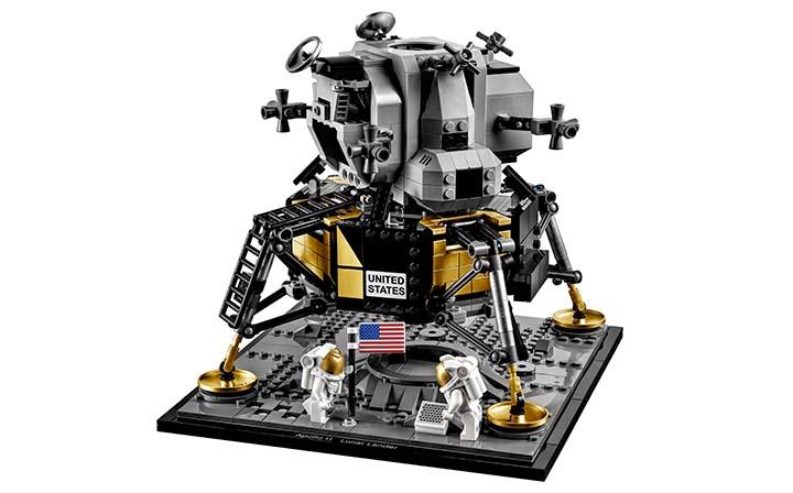 720_10266_Lunar-Lander_product