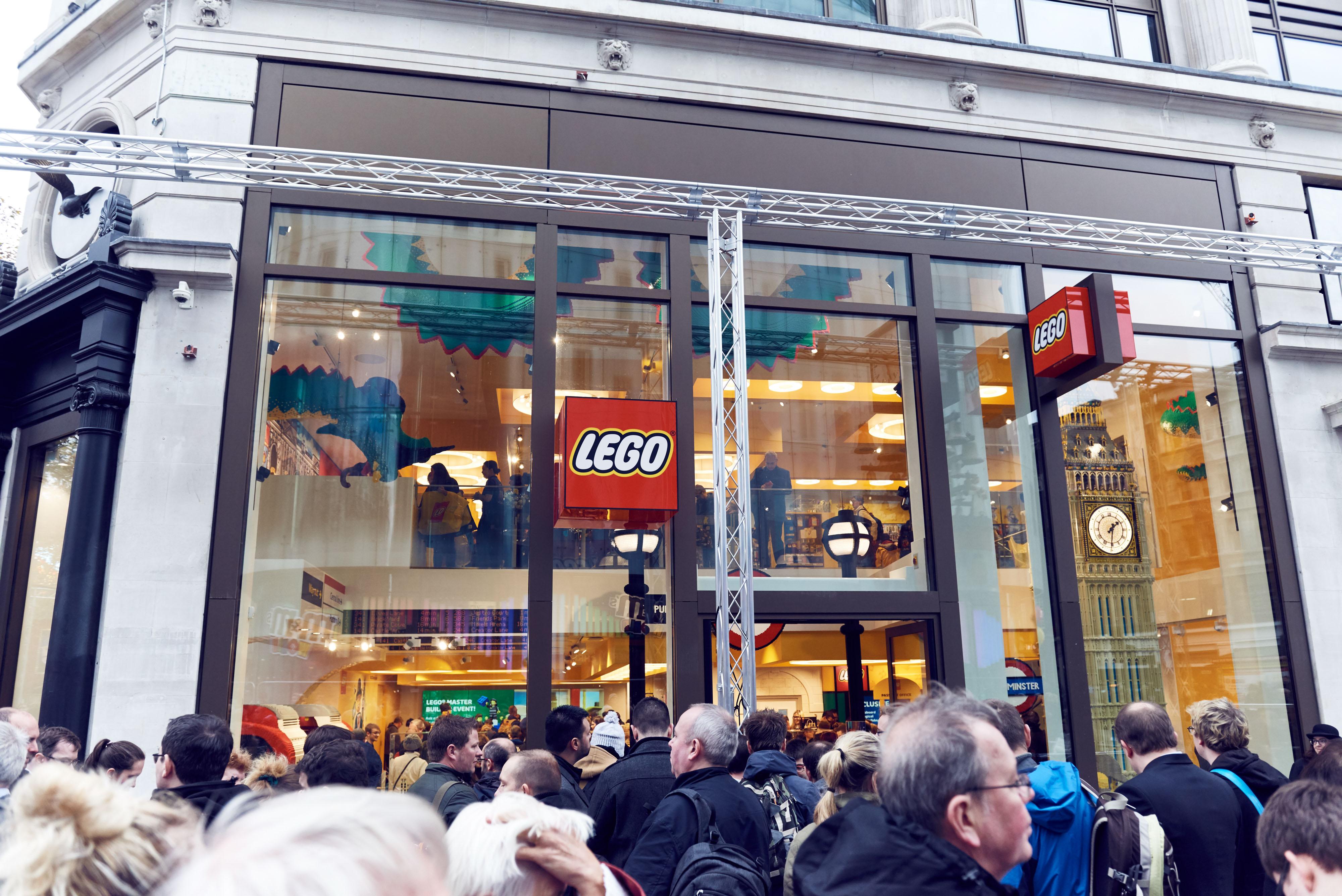 LSQ_UK_LEGO_Store_Opening-75 (1)