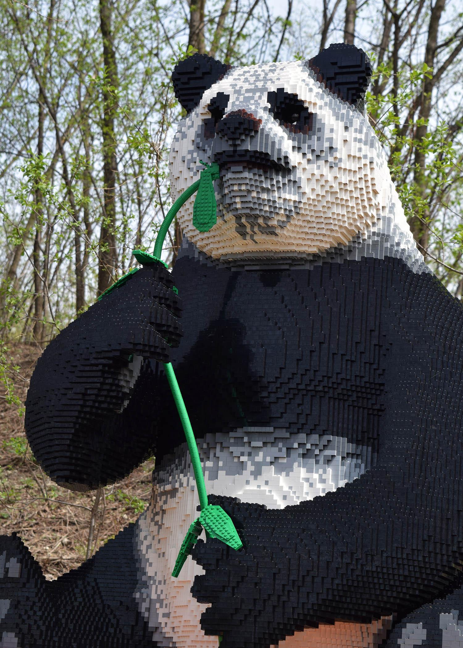 Brick-Safari-Giant-Panda